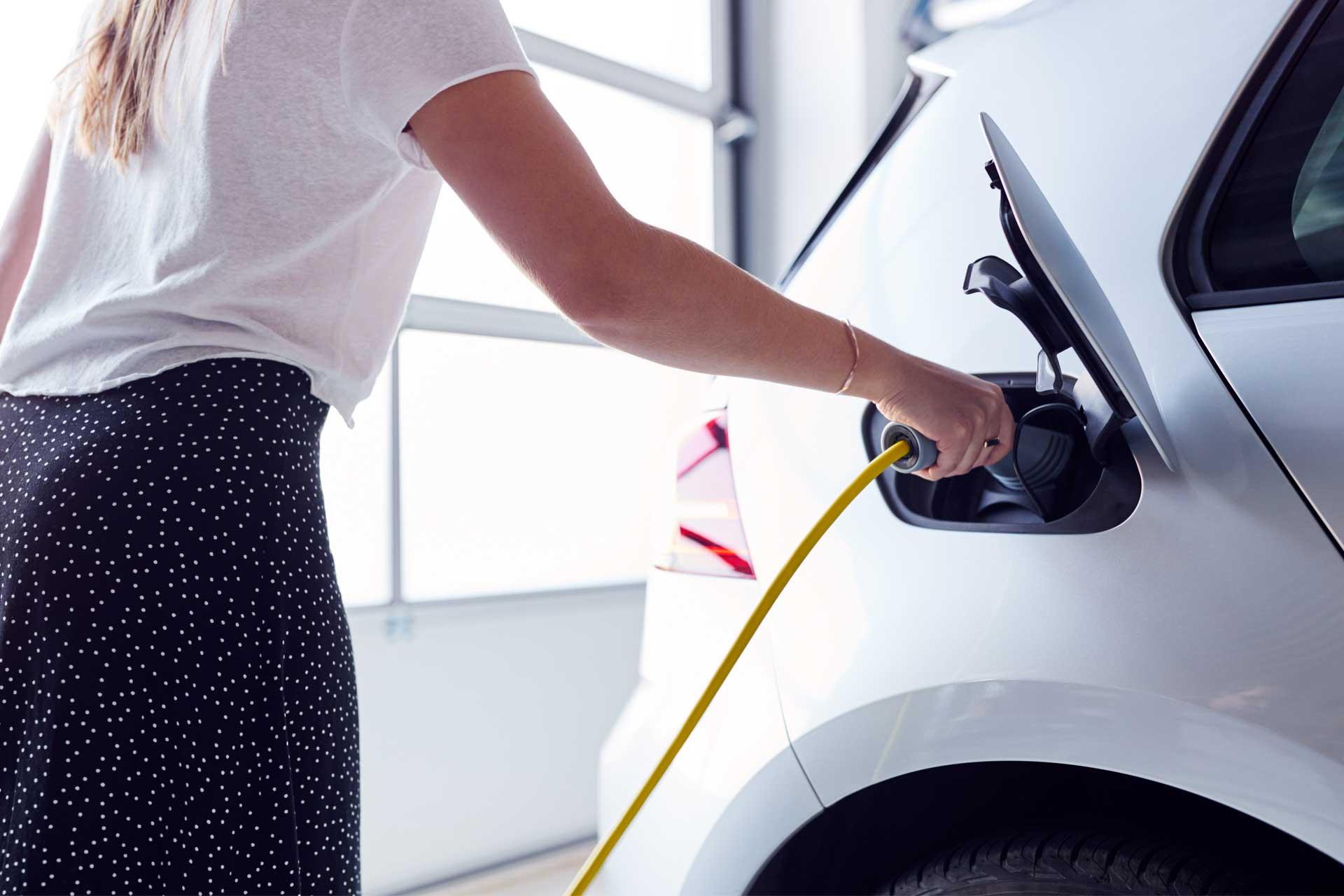 Installation de borne de recharge pour voiture électrique à Epinal (3)